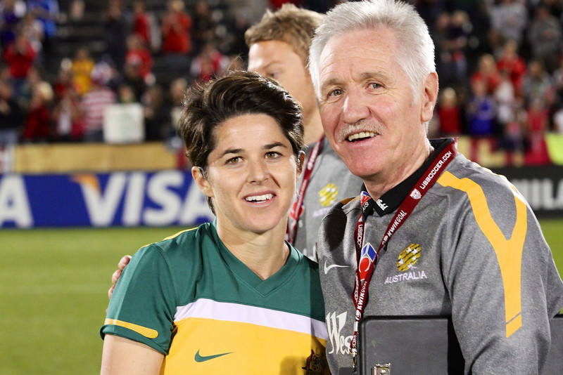 Sarah alongside former Matildas and current US team coach Tom Sermanni. Photo: TheWomensGame.com