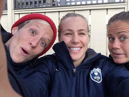 From left to right: Seattle Reign's Megan Rapinoe, Beverly Goebel and Lauren Barnes. Photo: @beverlygoebel