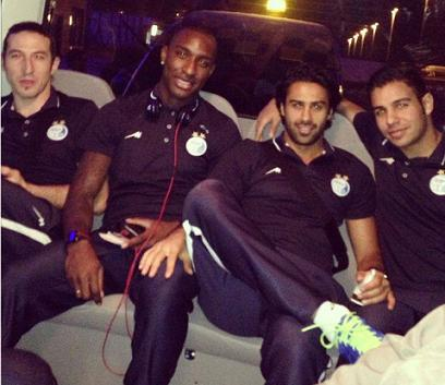 Jlloyd with teammates during his time at Esteghlal.