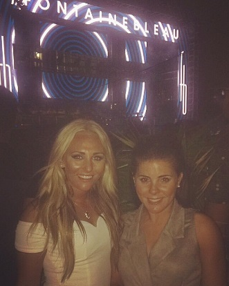 Brooke (right) with former Everton teammate Toni Duggan in Miami at the end of last year. @Brooklyn_7