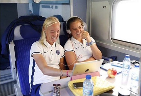 Sweden's Caroline Seger and Lindsey (right) during their time together at Paris Saint-Germain. instagram.com/segercaroline